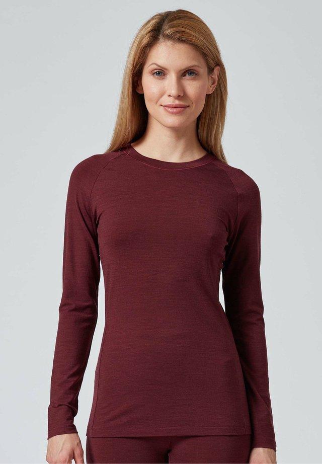 Long sleeved top - red velvet
