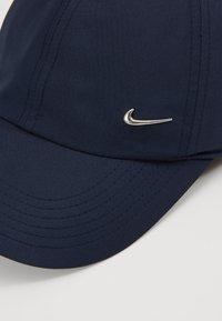 Nike Sportswear - HERITAGE UNISEX - Caps - obsidian/metallic silver - 2