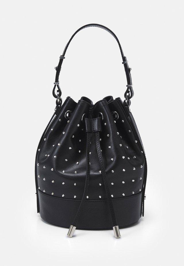 TINA KUNAKEY MEDIUM BUCKET BAG WITH STUDS - Handtas - black