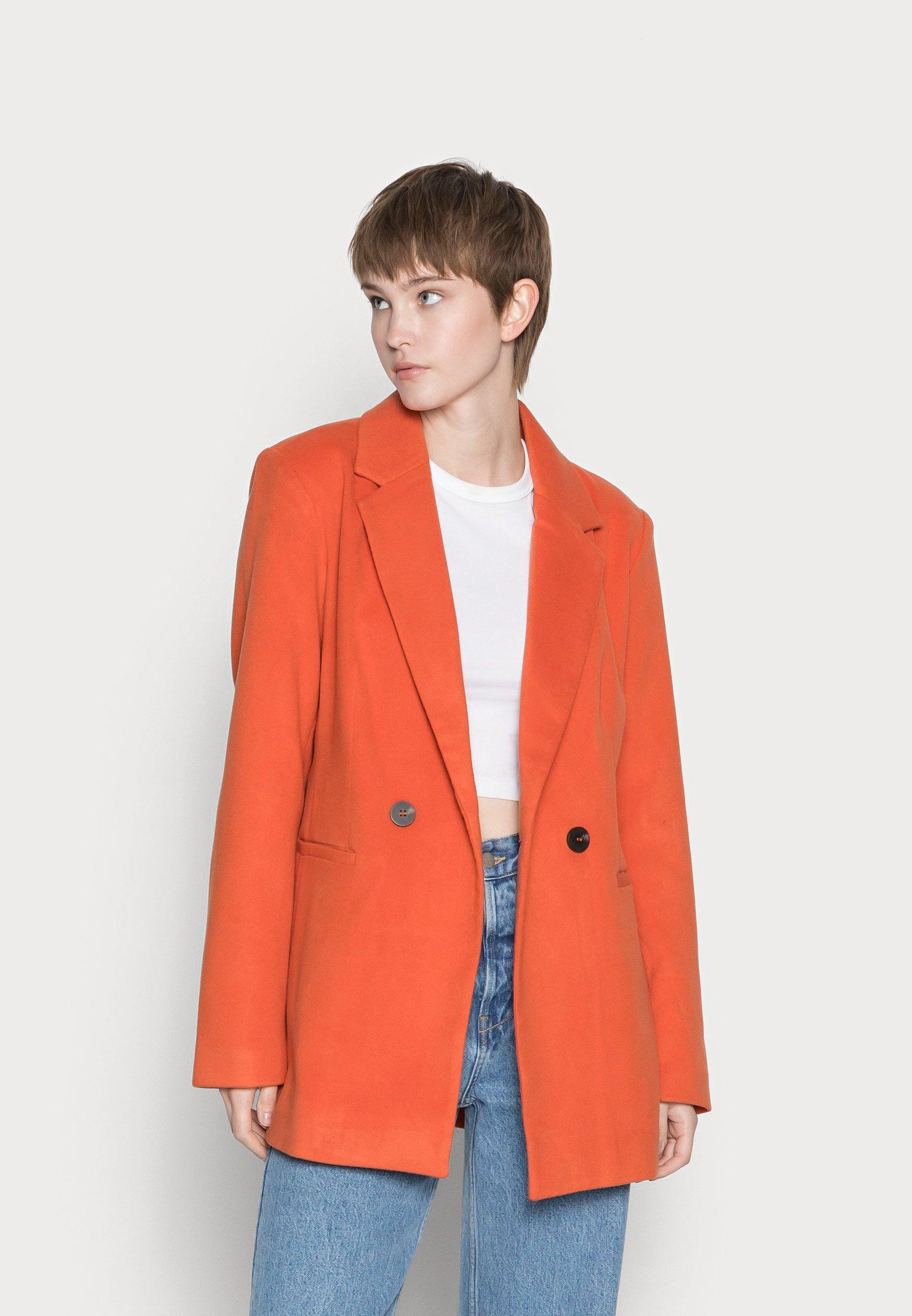 Women VIPOKU BUTTON SHORT COAT - Blazer