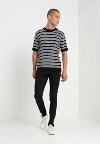 Tiger of Sweden Jeans - SLIM - Jean slim - Back Denim - 1