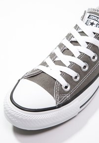 Converse - CHUCK TAYLOR ALL STAR OX - Matalavartiset tennarit - charcoal - 5