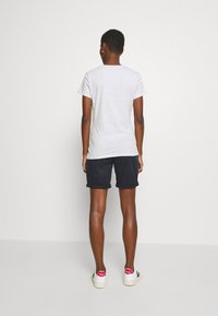 GAP - OUTLINE TEE - T-shirt z nadrukiem - grey - 2