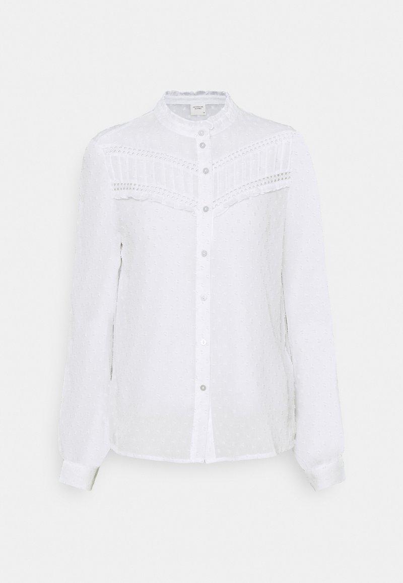 JDY - JDYEMILIA - Button-down blouse - cloud dancer