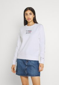 Tommy Jeans - TERRY LOGO - Sudadera - white - 0