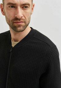 Selected Homme - Zip-up sweatshirt - black - 4