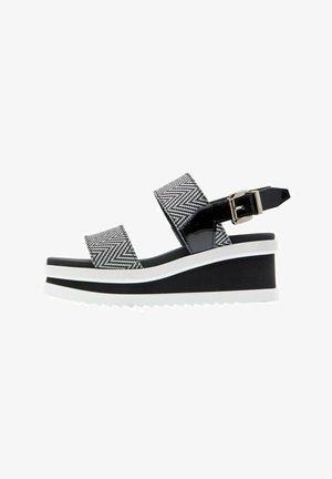 REDSKY  - Sandales à plateforme - bicolor negro-blanco