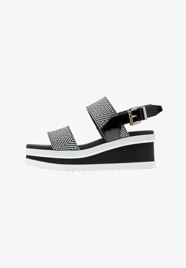 REDSKY  - Platform sandals - bicolor negro-blanco