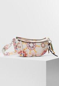Desigual - BOLS BREATHE LUISIANA - Across body bag - white - 4
