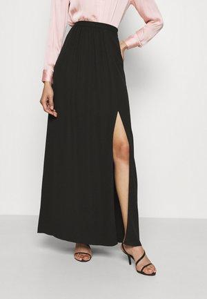 SHIRRED SIDE SLIT SKIRT - Maxi sukně - black
