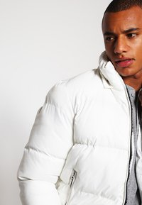 Schott - Winter jacket - white - 3