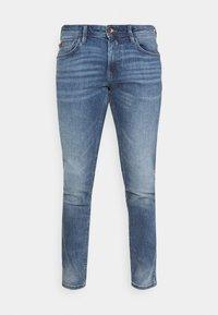 PIERS  - Slim fit jeans - used light stone blue denim