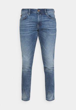 PIERS  - Jeans slim fit - used light stone blue denim