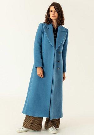 MIT GROSSEM REVERS - Zimní kabát - smoked saphire
