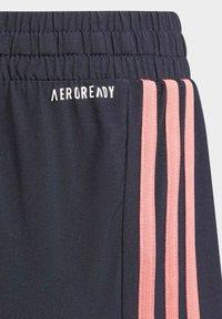 adidas Performance - ADIDAS DESIGNED TO MOVE 3-STRIPES SHORTS - Sports shorts - blue - 2