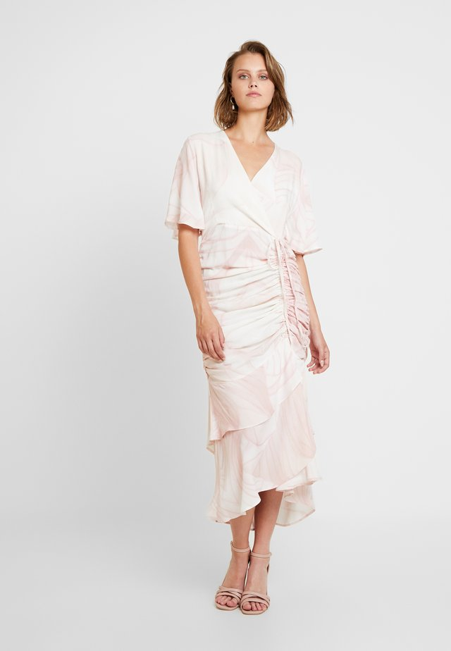 LIOTIA DRESS - Korte jurk - pink