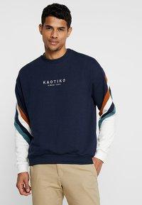 Kaotiko - Sweatshirt - sud cap walker - 0