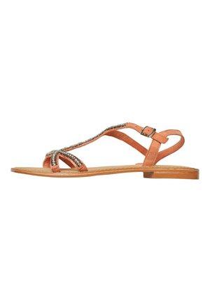 Sandaalit nilkkaremmillä - carnelian