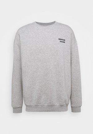 Felpa - mottled light grey