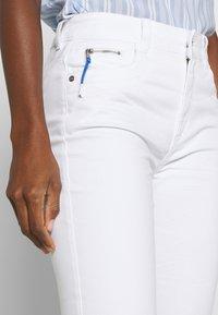 TOM TAILOR - KATE - Slim fit jeans - white - 4