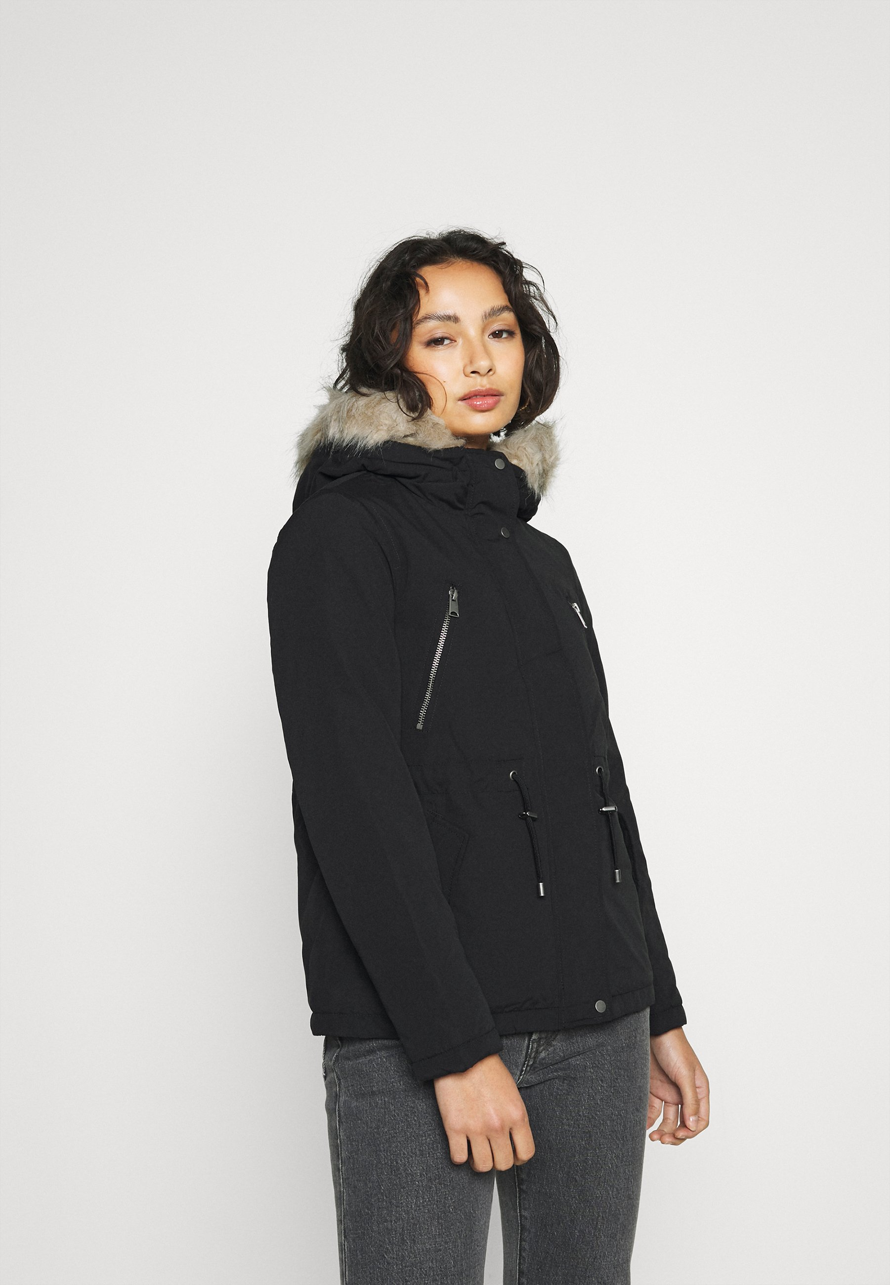 Women VMAGNESBEA JACKET - Winter jacket
