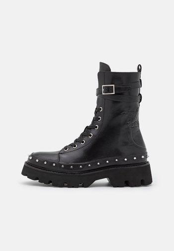 CHAVAL STIVALE LISCIO - Snørestøvletter - black
