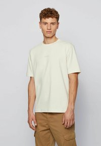 BOSS - Basic T-shirt - off-white - 2