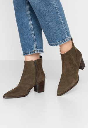 BENETBO - Ankle boots - palma
