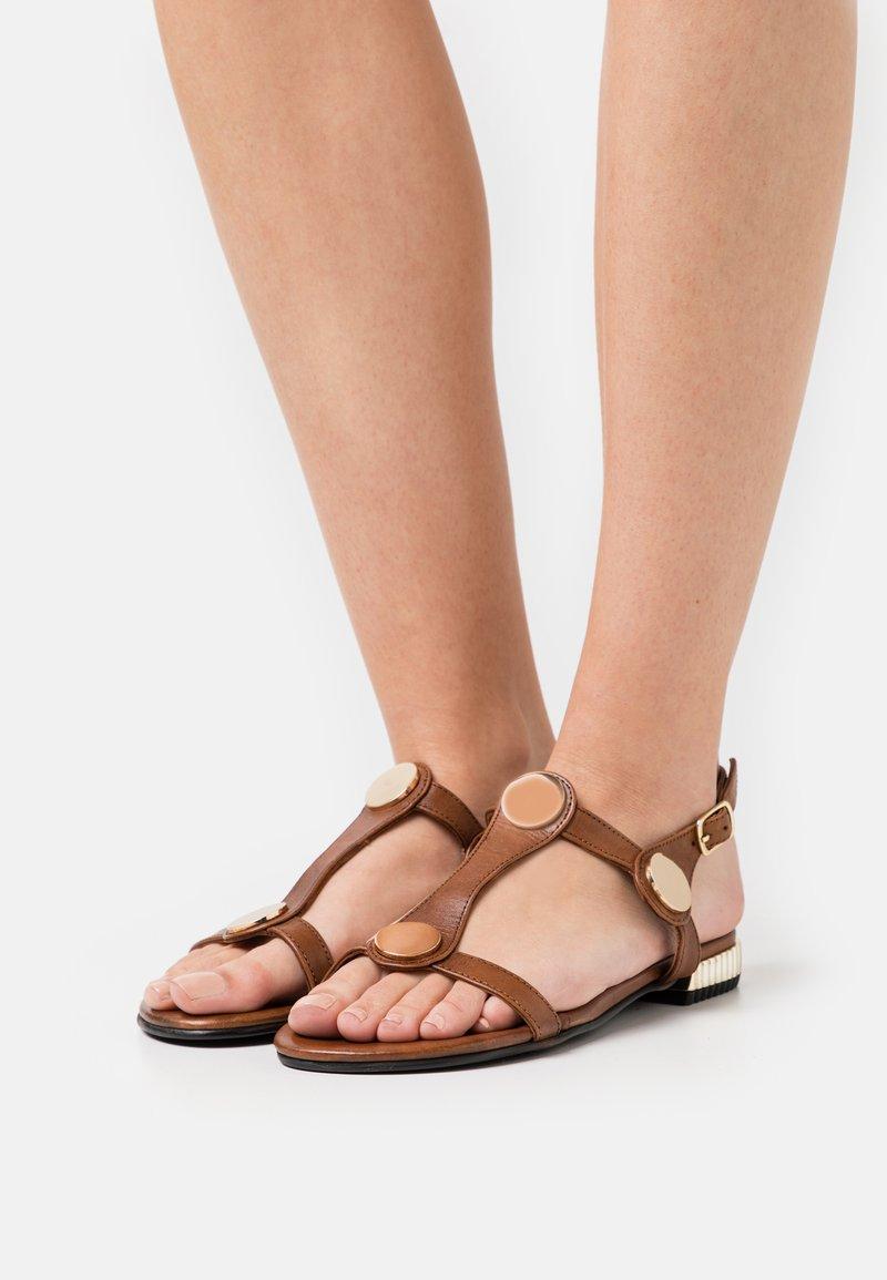 Copenhagen Shoes - NEW ELIZA - Sandały - tan