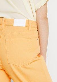 Monki - Straight leg jeans - mango yellow - 4