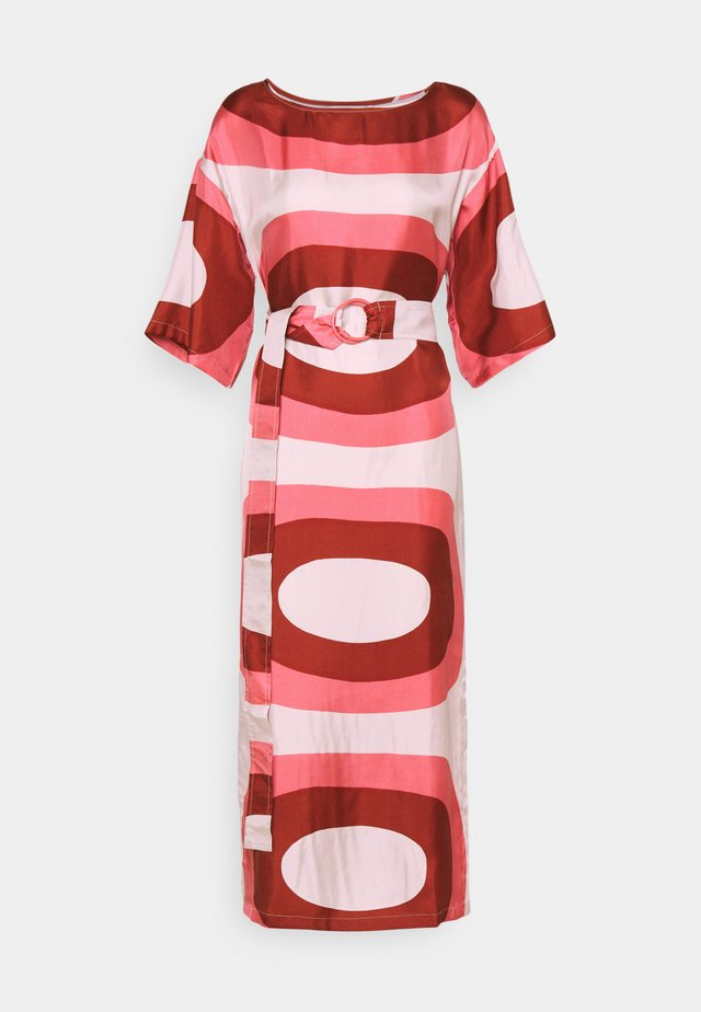 HIMMEÄ MELOONI - Maxi-jurk - red/pink/ beige
