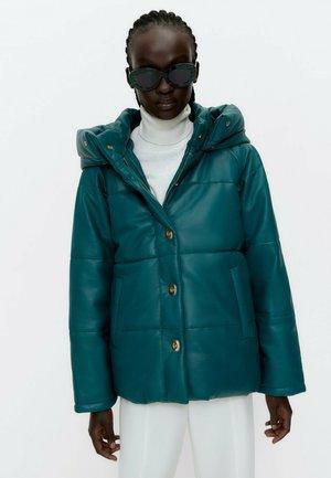 Down coat - mottled green