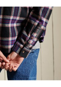 Superdry - CLASSIC - Button-down blouse - hatton check navy - 4