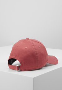 New Era - LEAGUE ESSENTIAL 9FORTY - Cap - red - 3