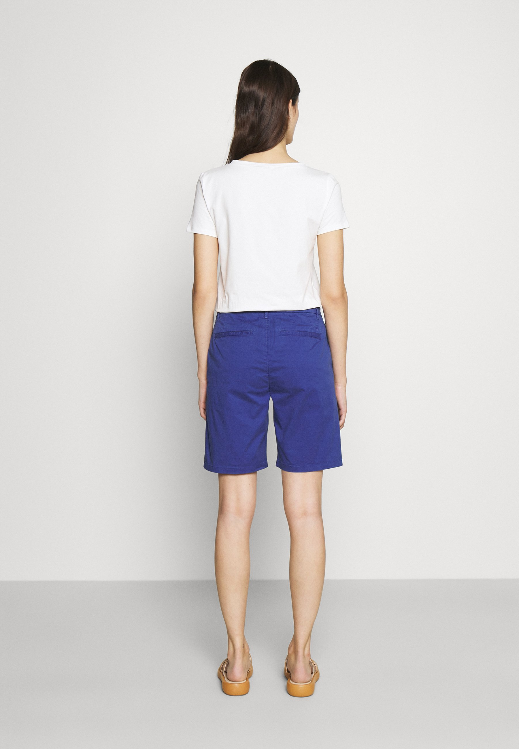 Women HOLDEN - Shorts