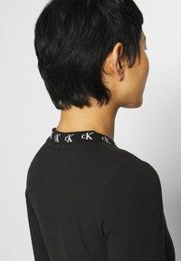 Calvin Klein Jeans - Long sleeved top - ck black - 5