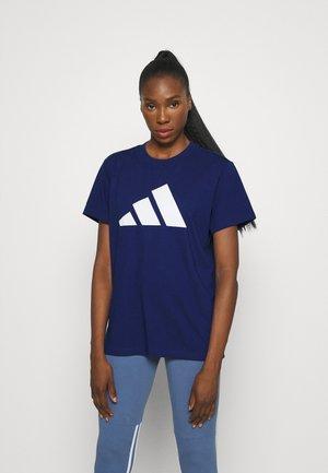 TEE - T-shirts med print - blue