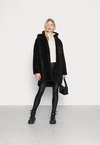 ONLY - ONLSASCHA JACKET - Winter coat - black - 1