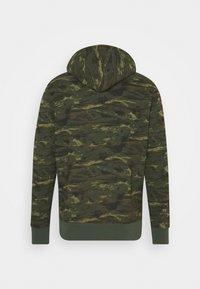 Levi's® - CORE HOODIE - Sweatshirt - greens - 1