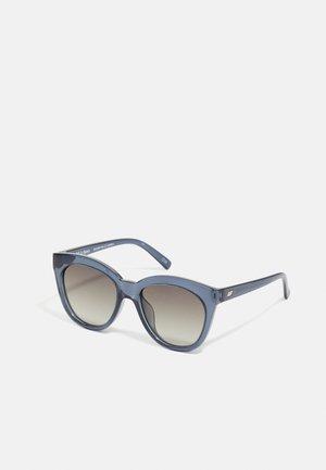 RESUMPTION - Sunglasses - midnight
