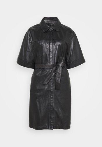 BREAK - Košilové šaty - black