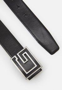 Guess - BELT SQUARE LOGO - Belt - black - 1