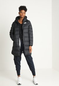 Nike Sportswear - Down coat - black/white - 1