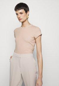 Filippa K - FINE TEE - Basic T-shirt - sand beige - 3