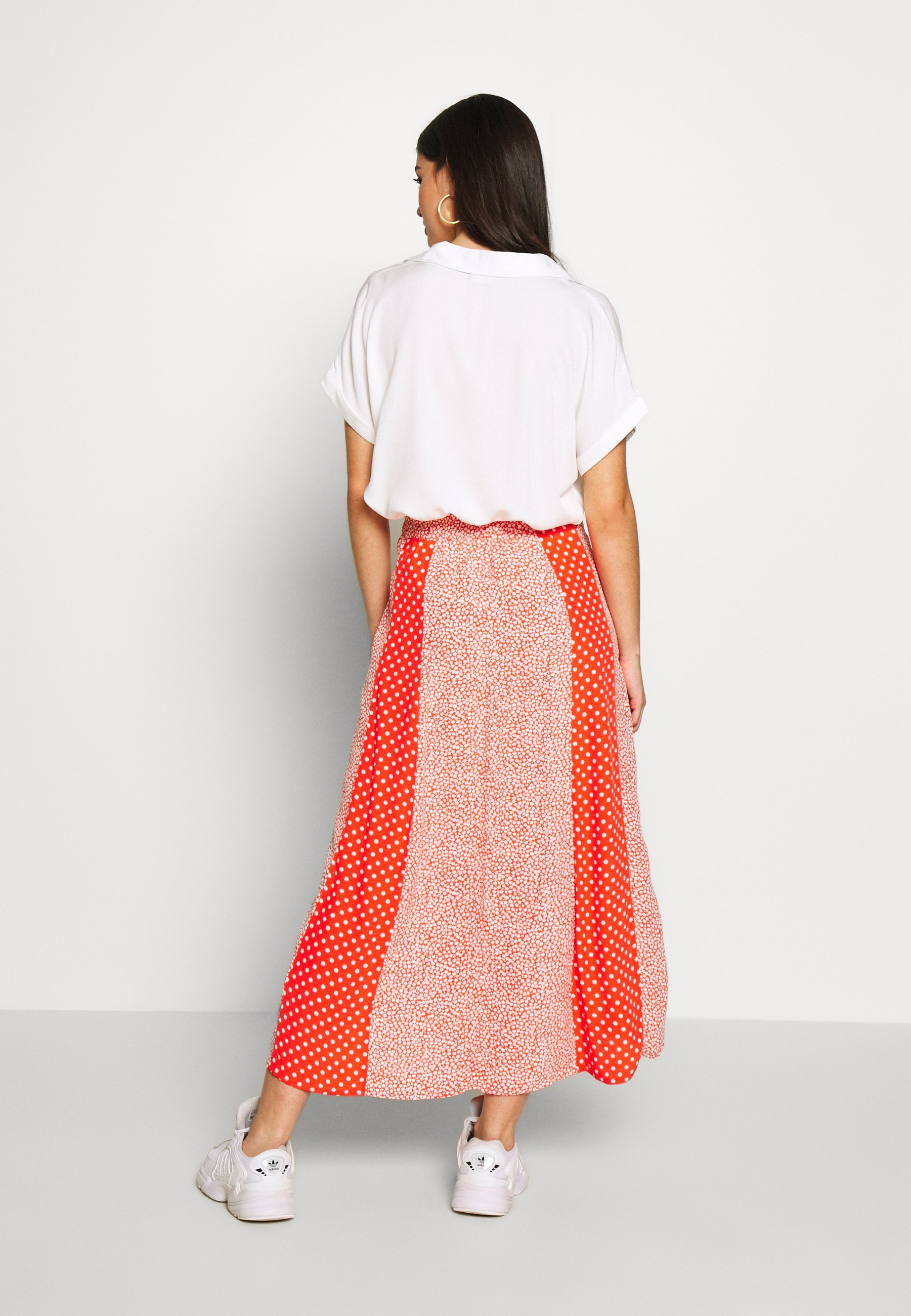 Gebe SKIRT BREEZE - Maxiskjørt - white/red