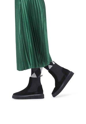 BETH - Platform ankle boots - schwarz
