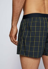 BOSS - PACK OF 2 - Pyjama bottoms - yellow/dark blue - 3