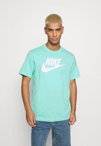 TEE ICON FUTURA - T-shirt med print - tropical twist
