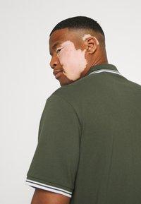 Johnny Bigg - HARPER TIPPED - Polo shirt - khaki - 3