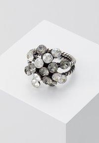 Konplott - Ring - white/antiquesilver-coloured - 0